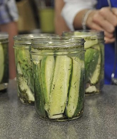 Freshly canned cucumber pickles. Rebecca Baxley, ©2020, Clemson University